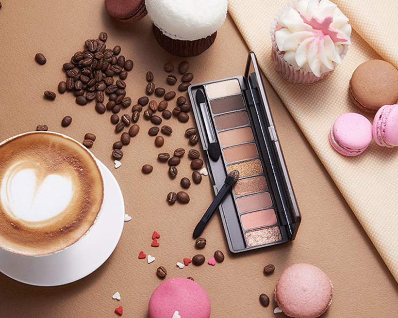 Play Color Eyes - In The Cafe [ETUDE HOUSE]